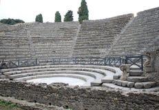 Teatro pickolaflöjt i forntida Pompeii, Italien Arkivbilder