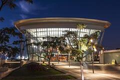 Teatru budynek w Ashdod w wieczór, Fotografia Royalty Free