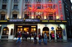 Teatru spełniania sztuka Agatha Christie w Londyn Obrazy Stock