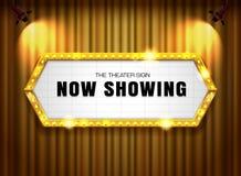 Teatru złota szyldowa rama na zasłonie z światłem reflektorów royalty ilustracja