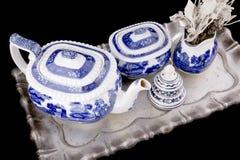 Teauppsättningen på bordlägger Royaltyfri Bild