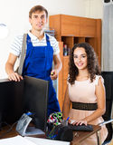 Technical support engineer and client Stock Photography