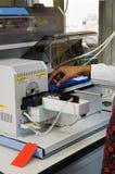 Technicien dans le laboratoire Images libres de droits