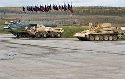 Techniek militaire voertuigen bij de vurenwaaier Royalty-vrije Stock Foto