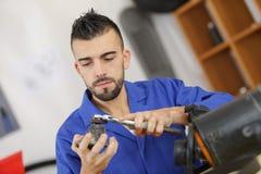 Technika cleaning silnika część fotografia stock