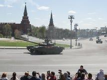 Technique dans le défilé militaire Images stock