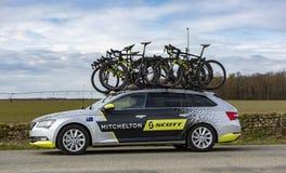 Technische Auto van Mitchelton Scott Team - Parijs-Nice 2018 stock foto