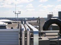 Technische installatie op het dak Royalty-vrije Stock Afbeelding