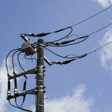 Technologia elektryczny słup, linia energetyczna i kable, Obraz Royalty Free