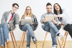 Technologia, praca zespołowa i komunikacja, Zdjęcia Stock