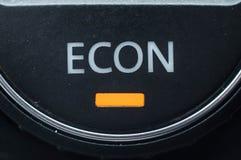 Technologieën om gasafstand in mijlen te verminderen en geld te besparen royalty-vrije stock afbeeldingen