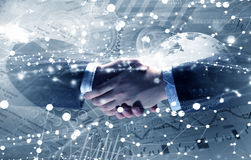 Technologieën om mensen te verbinden Gemengde media Stock Foto