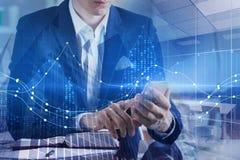Technologie, apparaat en financiënconcept stock foto