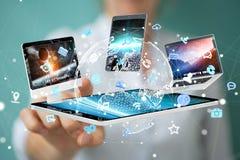 Technologie-apparaten aan elkaar door onderneemster 3D renderi die worden aangesloten Royalty-vrije Stock Afbeeldingen