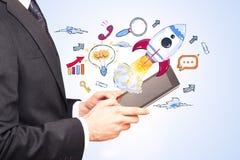 Technologie, apparaten en netwerkconcept stock afbeelding