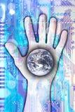 Technologie atteignant le monde images stock