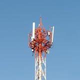 Technologie auf die Oberseite der Telekommunikation stockfotos
