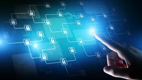 Technologie de cryptographie de Blockchain, fintech et concept d'Internet sur l'?cran virtuel image libre de droits