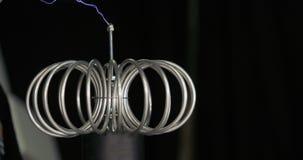 Technologie de la production de foudres Expérience de l'électricité de Tesla avec l'humain Technologie compacte de la production