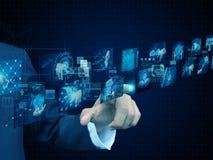 Technologie de presse d'homme d'affaires images stock