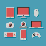 Technologie en geplaatste apparatenpictogrammen Royalty-vrije Stock Foto
