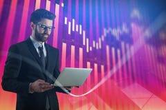 Technologie-, Kommunikations- und Analysekonzept Stockbild