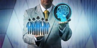 Technologie Manager-Raising AI über einem Arbeits-Team stockbilder