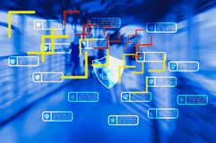 Technologie pour traiter des personnes de voie par le réseau sans fil et de satellites avec le système de balayage d'identité per photo stock