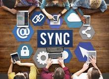 Technologie-Synchronisierungs-Wort-Grafik-Konzept Lizenzfreies Stockbild