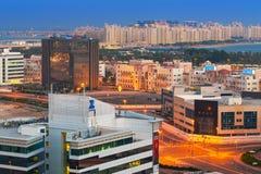 technologiepark van de Stad van Doubai Internet bij nacht Royalty-vrije Stock Afbeelding