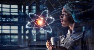 Technologies innovatrices en science et médecine Media mélangé Photos stock