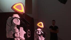 Technologies robotiques modernes Soir?e dansante robotique Technologie robotique fut?e Repr?sentation de danse Nouveau divertisse clips vidéos