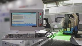 Technologietentoonstelling in China Tentoonstelling van moderne CNC werktuigmachines stock footage