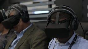 Technologiezukunft der virtuellen Realität stock footage