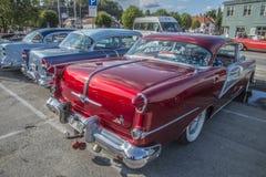 Techo duro 1954 de la puerta del día de fiesta 2 de Oldsmobile Fotografía de archivo
