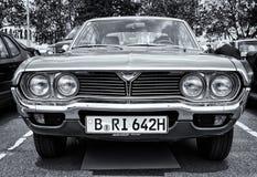 Techo duro de Mazda 929 del coche (RX-4) (blanco y negro) Imagenes de archivo