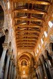 Techo pintado oro de la catedral de Monreale Foto de archivo