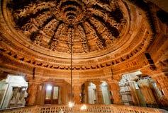 Techo tallado de templos Jain en Rajasthán Foto de archivo libre de regalías