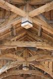 Techo tallado madera Imágenes de archivo libres de regalías