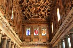 Dentro de la Santa María en Trastevere, Roma Foto de archivo libre de regalías