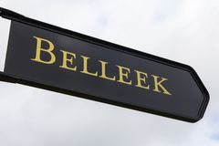 Tecken för Belleek i nordligt - Irland fotografering för bildbyråer