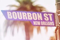 Tecken för bourbongataNew Orleans gata Arkivfoto