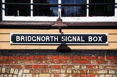 Tecken för Bridgnorth signalask arkivfoto