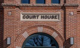 Tecken för domstolsbyggnad i Panguich Utah Royaltyfria Foton