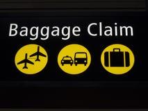 Tecken för flygplatsbagagereklamation Arkivbild