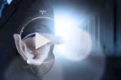 Tecken för knapp för handpresslek att starta Arkivfoto