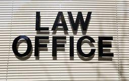Tecken för lagkontor Arkivfoto