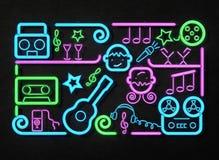 Tecken för musikpartineon Ljus skylt, illustration för neonljus 3D Arkivfoto