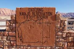 Tecken för Navajoreservation arkivbild