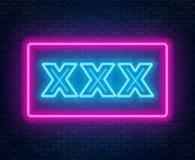 Tecken för neon XXX på en mörk bakgrund royaltyfri illustrationer